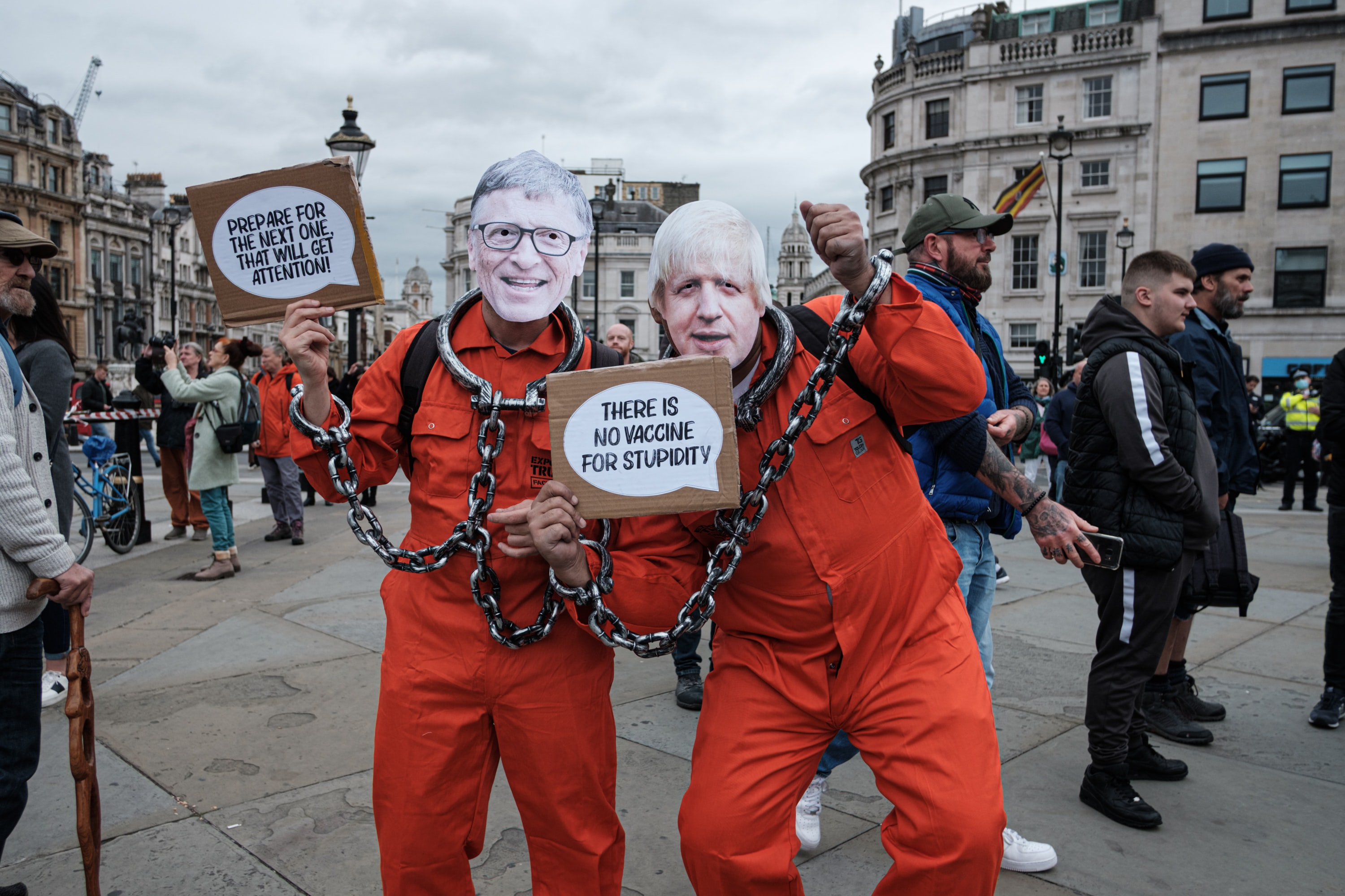 Boris Johnston and Bill Gates impersonators - antivax
